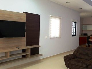 Affordable Condo close to the Beach by Villas HK28