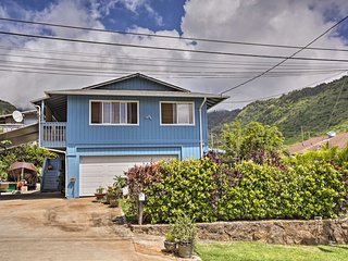 Quaint Honolulu Home - Near Hiking & Surfing!