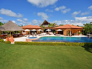 Casa de Casas | Luxury Villa, World Class Service, Gym, Private Cheff Full Staff