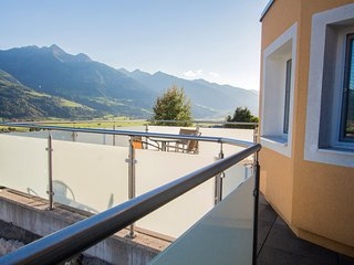 Panorama Piesendorf - large terrace, sleeps 8, marvellous view