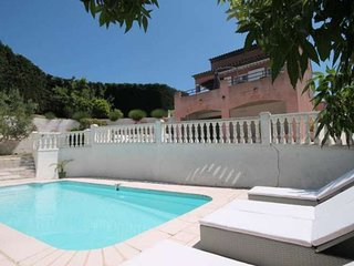 Amazing home in Cannes w/ Outdoor swimming pool, Internet and 4 Bedrooms