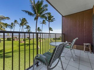 Easy Living! Kitchen, Flat Screens, Ceiling Fans, Pacific View Lanai–Molokai