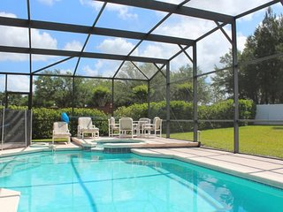 1031BD. Remington Golf Club 5 Bedroom Pool Home Near Disney