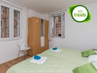 Rooms Vlaho - Triple Room with City View