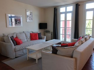 3 bedroom Apartment in Grimaud, Provence-Alpes-Côte d'Azur, France : ref 5027318