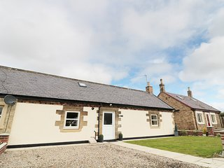 3 BED BUNGALOW, farm worker's cottage with woodburner, near Widdrington