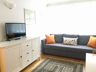 Splendid Chic 1-Bed. Heart of Tourist London: Trendy Fitzrovia W1. Free Wifi