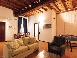 P8779594 – Navigli Darsena Apartment