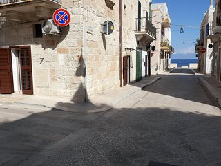 A Casa di Paolo: Seafront Apartment in Polignano a Mare for 2 people