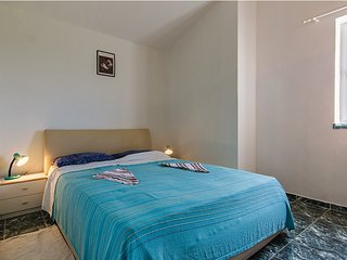 Apartment 12573