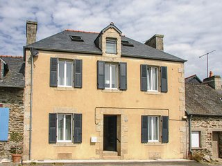 4 bedroom Villa in Caurel, Brittany, France : ref 5549281