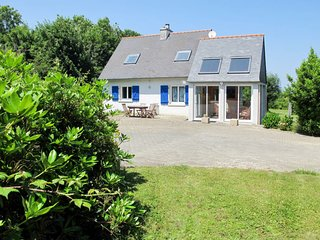 4 bedroom Villa in Lambezen, Brittany, France - 5650110