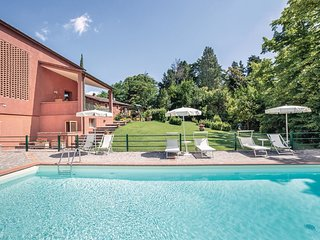 2 bedroom Apartment in La Collina, Tuscany, Italy - 5566842