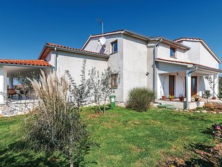 3 bedroom Villa in Vodnjan, Istria, Croatia : ref 5564098