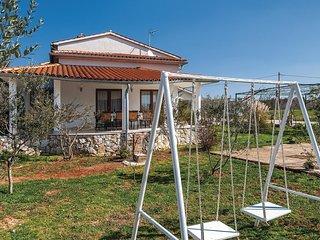 3 bedroom Villa in Vodnjan, Istria, Croatia : ref 5564098