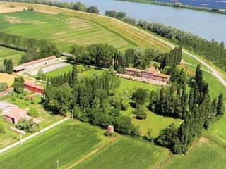 2 bedroom Apartment in Le Tombine, Veneto, Italy - 5540629
