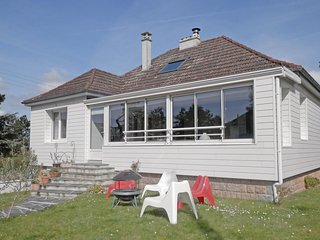 3 bedroom Villa in Jullouville, Normandy, France : ref 5539324