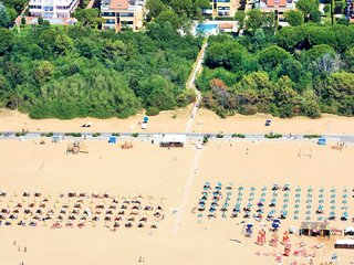 1 bedroom Apartment in Bibione, Veneto, Italy : ref 5641429