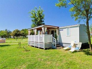 2 bedroom Villa in Medulin, Istria, Croatia : ref 5559457