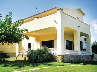 4 bedroom Villa in Roda de Berà, Catalonia, Spain : ref 5538806