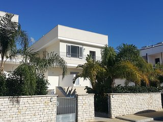2 bedroom Apartment in Ospedale, Apulia, Italy : ref 5565247