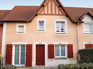 2 bedroom Villa in Cabourg, Normandy, France : ref 5522314