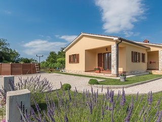 3 bedroom Villa in Barban, Istria, Croatia : ref 5520328