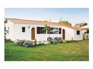 3 bedroom Villa in LAiguillon-sur-Mer, Pays de la Loire, France : ref 5565788