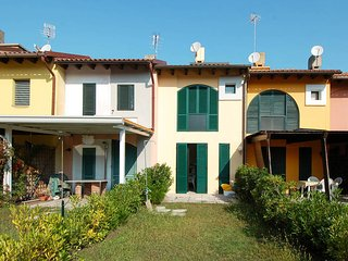 2 bedroom Villa in Isola Albarella, Veneto, Italy : ref 5503355