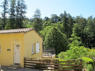 2 bedroom Apartment in Vals-les-Bains, Auvergne-Rhone-Alpes, France : ref 565333