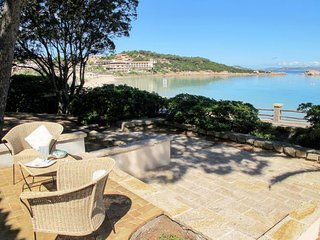 2 bedroom Apartment in Baja Sardinia, Sardinia, Italy : ref 5638569