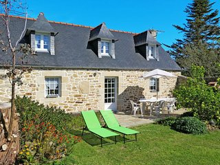 3 bedroom Villa in Meseran, Brittany, France : ref 5650399