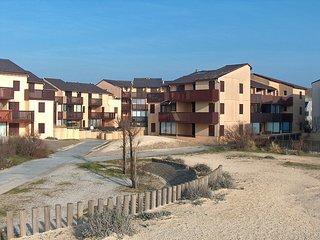 2 bedroom Apartment in Lacanau-Ocean, Nouvelle-Aquitaine, France : ref 5513604
