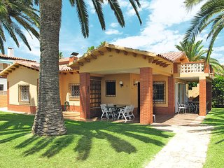2 bedroom Villa in Cambrils, Catalonia, Spain : ref 5437622