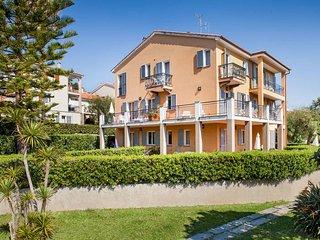1 bedroom Apartment in San Bartolomeo al Mare, Liguria, Italy : ref 5444175