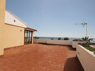 2 bedroom Apartment in Estepona, Andalusia, Spain : ref 5538404