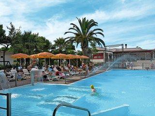 2 bedroom Villa in Vieste, Apulia, Italy - 5438561