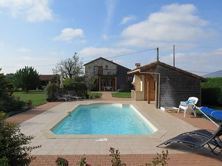 2 bedroom Villa in Madaillan, Nouvelle-Aquitaine, France : ref 5443065