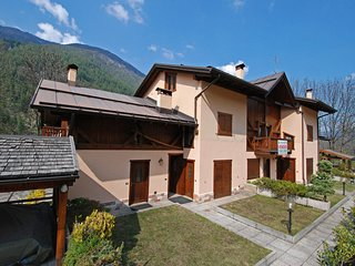 2 bedroom Apartment in Almazzago, Trentino-Alto Adige, Italy : ref 5518480