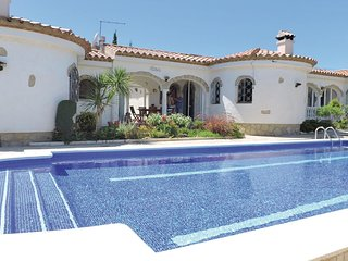 2 bedroom Villa in Miami Platja, Catalonia, Spain : ref 5647699
