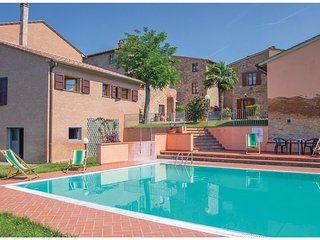 1 bedroom Apartment in Querce al Pino, Tuscany, Italy : ref 5548390
