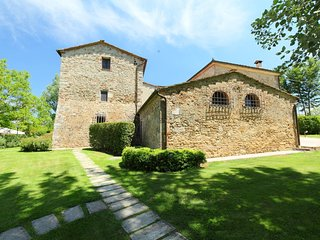 2 bedroom Apartment in Armaiolo, Tuscany, Italy : ref 5513266