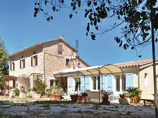 2 bedroom Villa in Le Pradet, Provence-Alpes-Cote d'Azur, France : ref 5539085