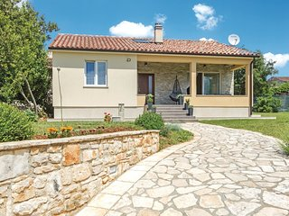 2 bedroom Villa in Vodnjan, Istria, Croatia : ref 5676035