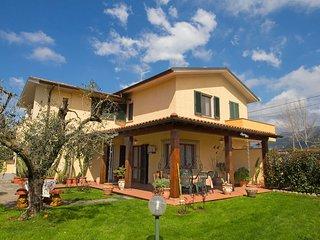 3 bedroom Villa in Bugneta I, Tuscany, Italy : ref 5559772