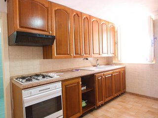 2 bedroom Villa with Walk to Beach & Shops - 5365196