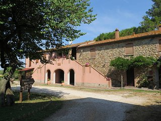 2 bedroom Apartment in Suvereto, Tuscany, Italy : ref 5446546
