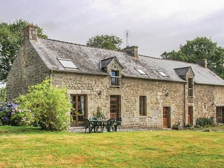 4 bedroom Villa in Plœuc-sur-Lié, Brittany, France : ref 5549284