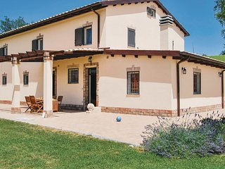 6 bedroom Villa in Sant'Andrea, The Marches, Italy : ref 5523331