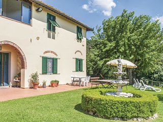 2 bedroom Villa in Camaioni, Tuscany, Italy - 5540240